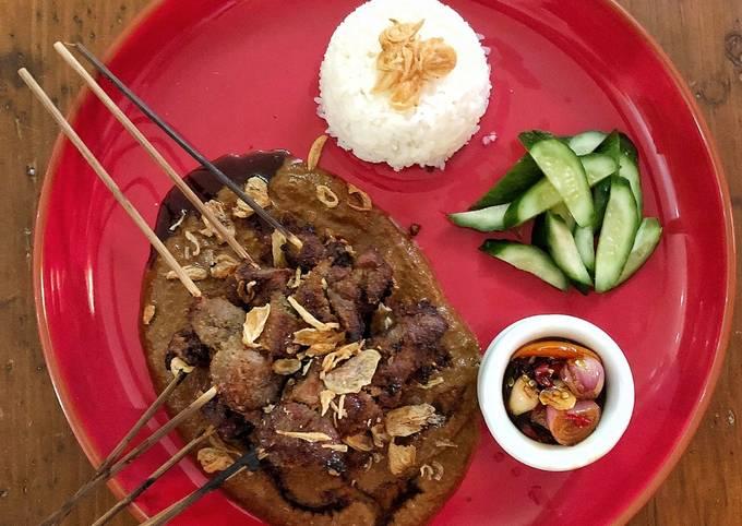 Indonesian Chicken Satay (Sate Ayam)