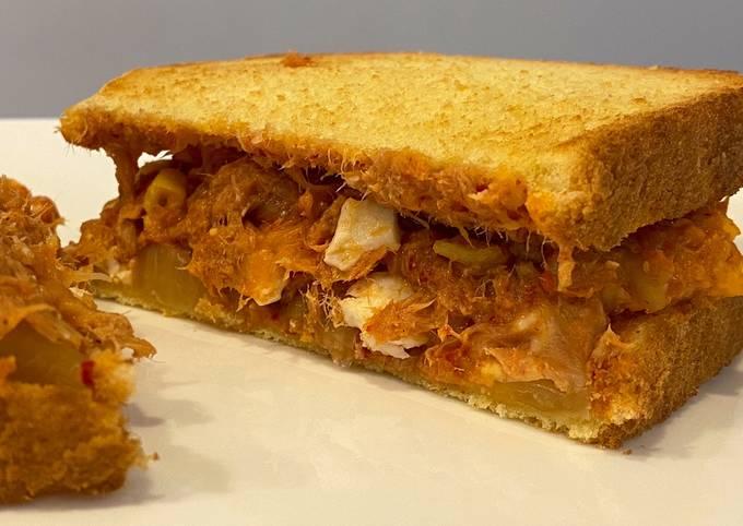 Tuna Kimchi Sandwich 🥪