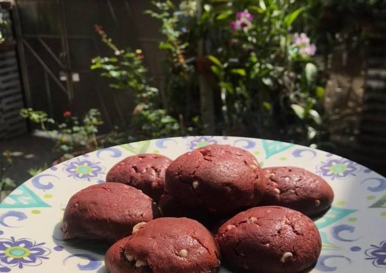 Red Velvet Cookies dengan Keju Meleleh – Food Network Cookbooks