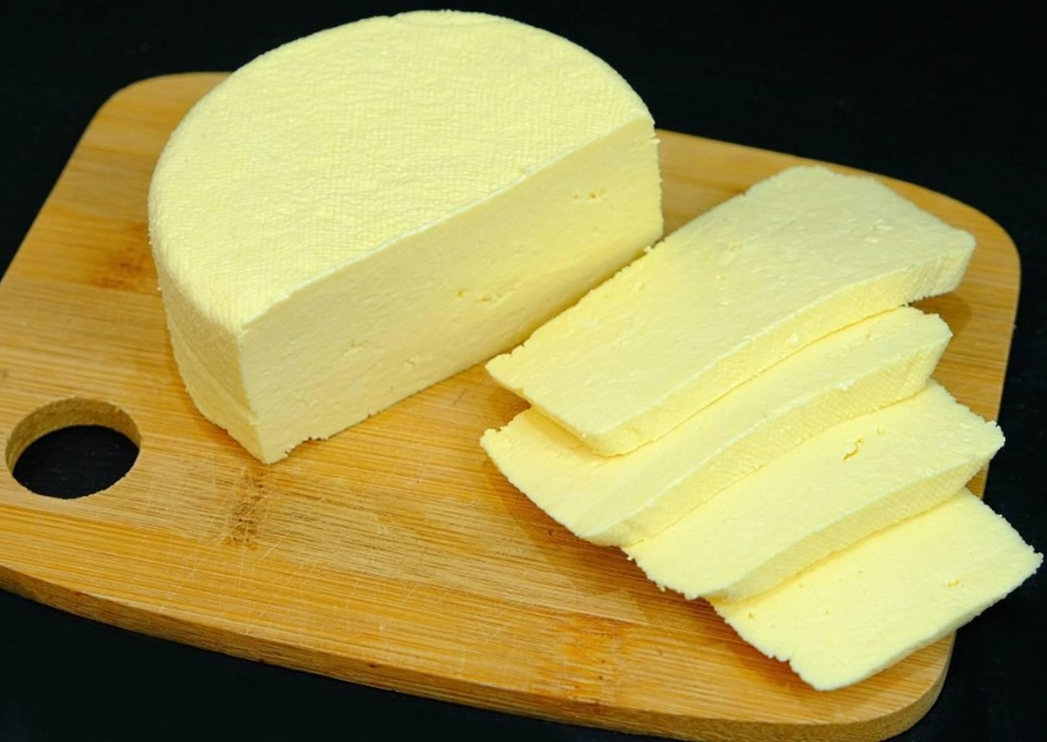 формируется рецепт домашнего сыра с фото оригинальной композиции