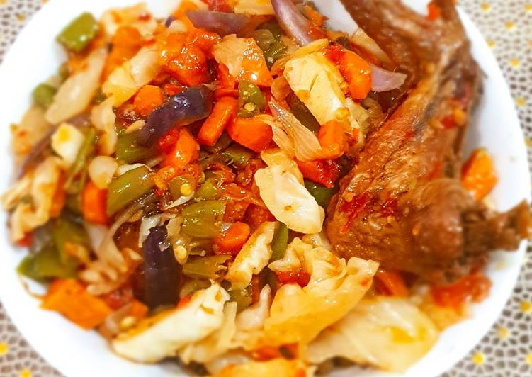 Foods That Can Make Your Mood Better Chicken cabbage sauce