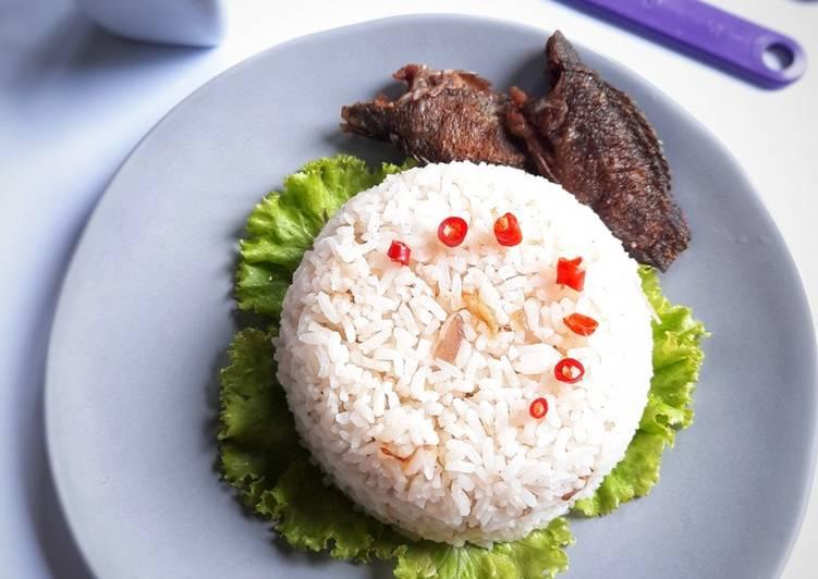 Nasi Basanga (nasi goreng klasik)