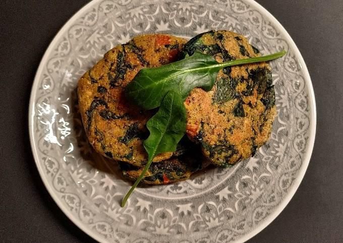 Galettes de polenta aux épinards et chorizo
