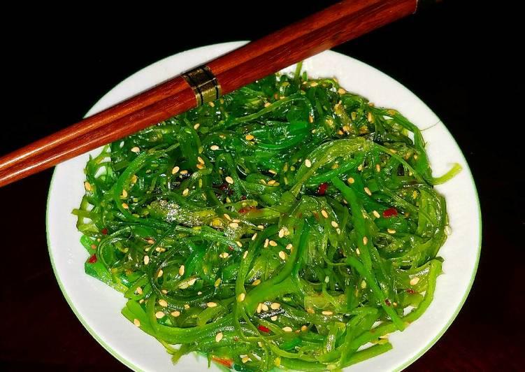 Mike's Hiyashi Seaweed Salad