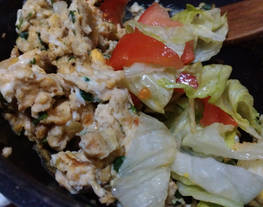 Huevos revueltos con cebolla