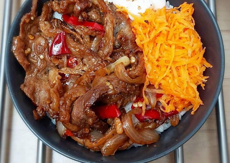 Beef Blackpepper Ricebowl ala Yoshinoya