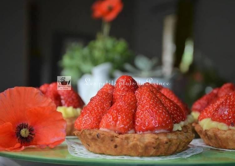 Comment Faire Des Tartelettes aux fraises et au sirop de coquelicot
