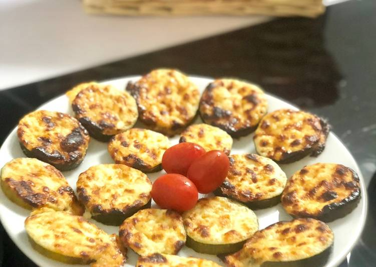 How to Make Delicious Rondelles de courgettes gratinées