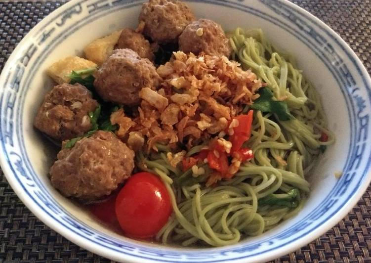 Recipe: Tasty Bakso (meat balls)