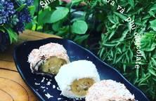Sushi chuối bọc dừa và phủ chocolate