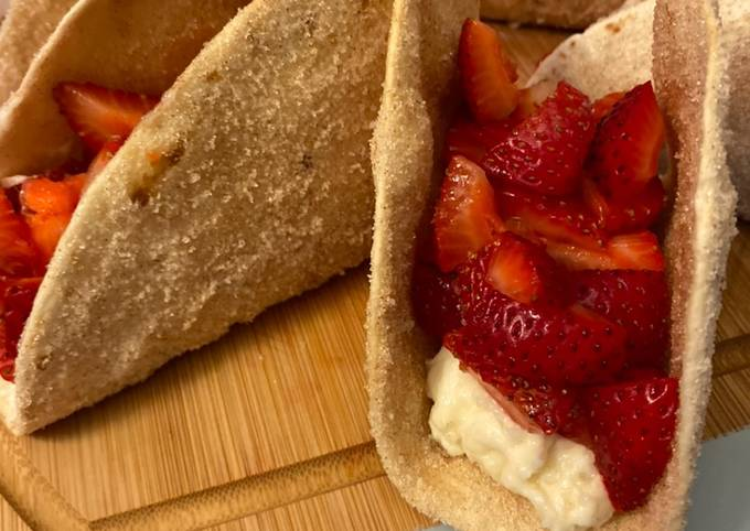 Recipe: Perfect Cinnamon Strawberry Cheesecake Dessert Tacos