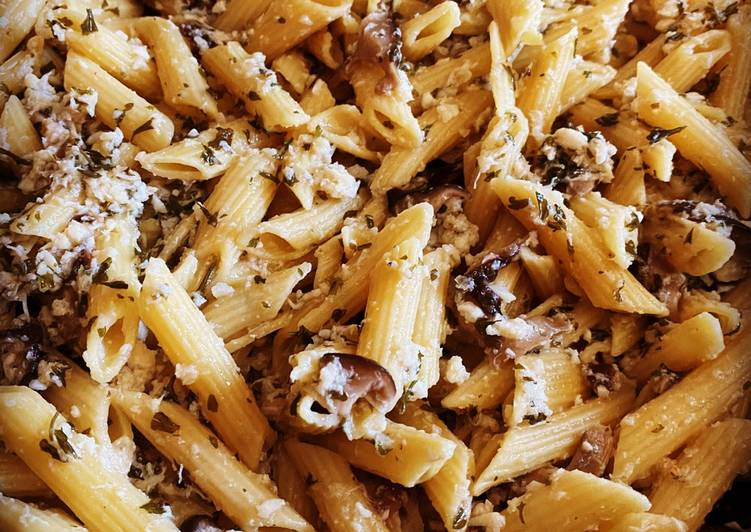 Recipe: Yummy Lemon-Garlic Mushroom Crab Penne Pasta