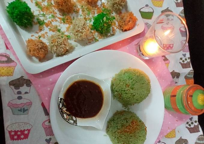 SteamChicken rice flawar with boil rice and shazwan chili sauce