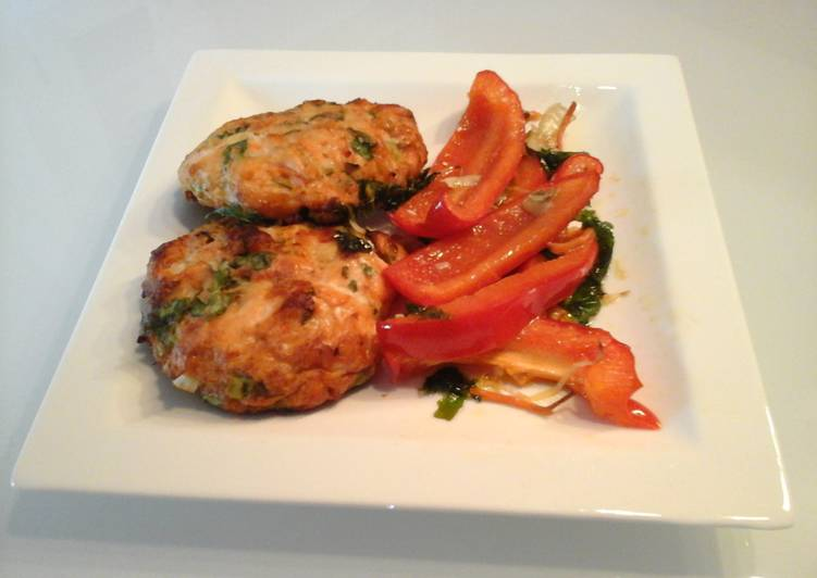 Salmon burgers with Roasted Veggies