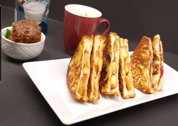 Recipe: Delicious Caramelized apple and strawberry jam french toast