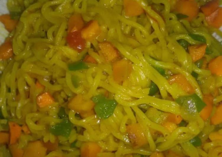 Recipe of Perfect Turmeric fried noodles