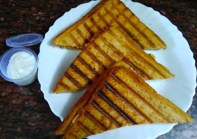 Grilled Capsicum Paneer Sandwich