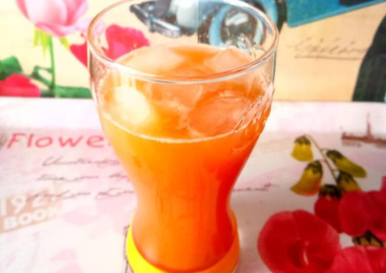 Refresco de manzana y té verde