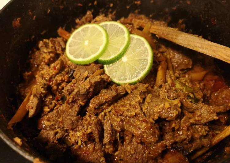 How to Make Tasty Malaysia Rendang beef