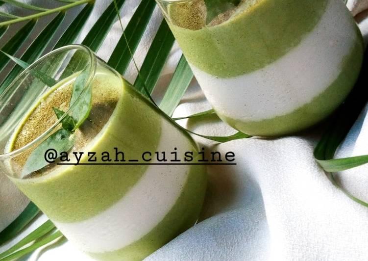 Top 10 Dinner Easy Blends Green & white panna cotta