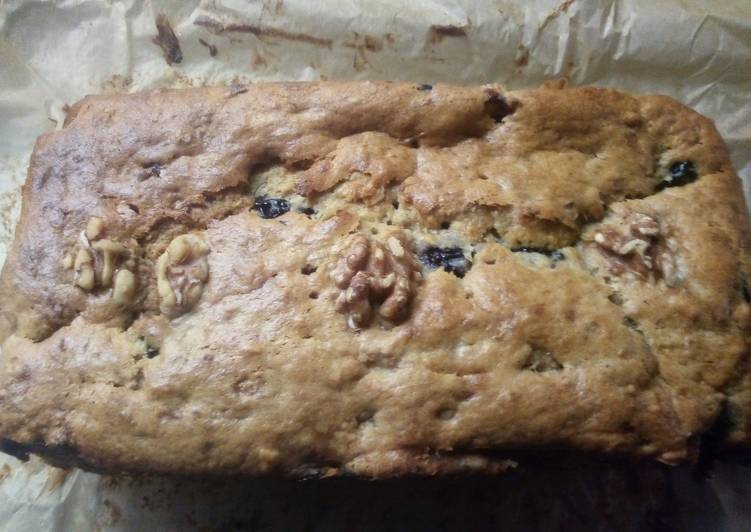 Easiest Way to Prepare Super Quick Homemade Banana, Walnut and Blueberry loaf