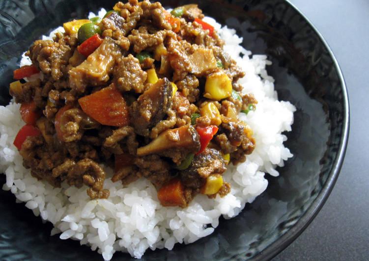 Curry Soboro