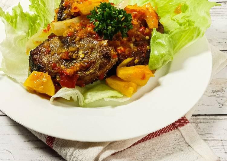 Tongkol sambal nenas