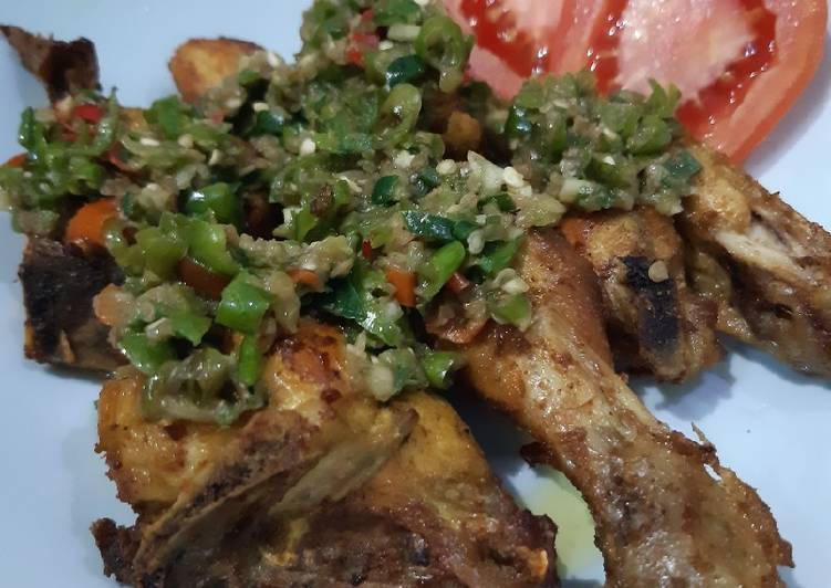 Ayam cabai hijau pedas nampoll