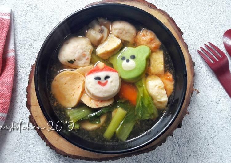 Resep Steamboat Kuah Tomyam A K A Sukiyaki Shabu Shabu Oleh Risa Januarti Cookpad