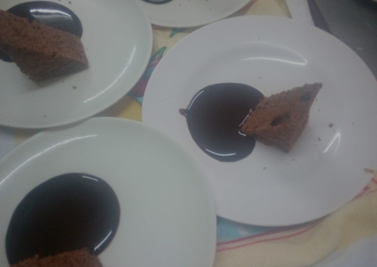 My reipe for chocolate cake and chocolate sauce