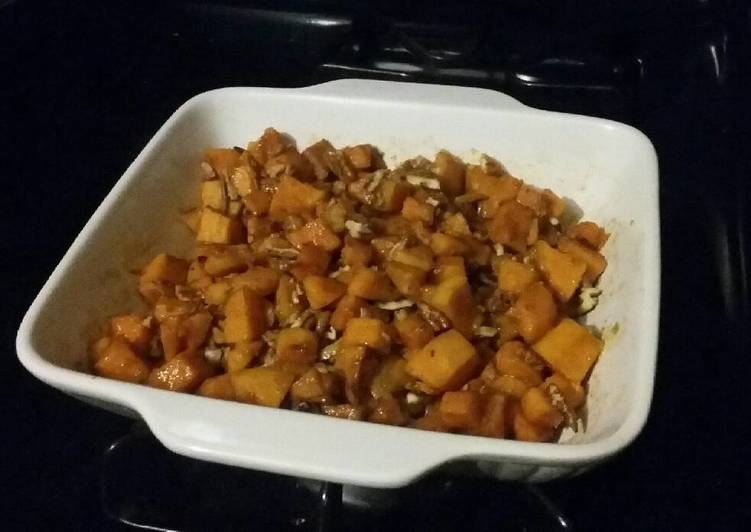 Glazed Sweet Potato with Pecans