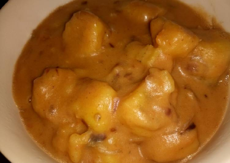How to Make Most Popular Green bananas (matoke) and peanut butter sauce