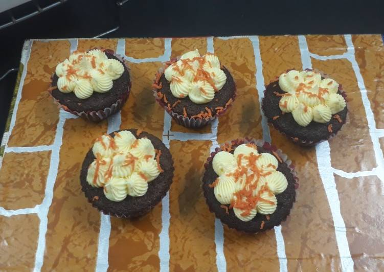 Foods That Can Make You Happy Orange and chocolate cupcakes