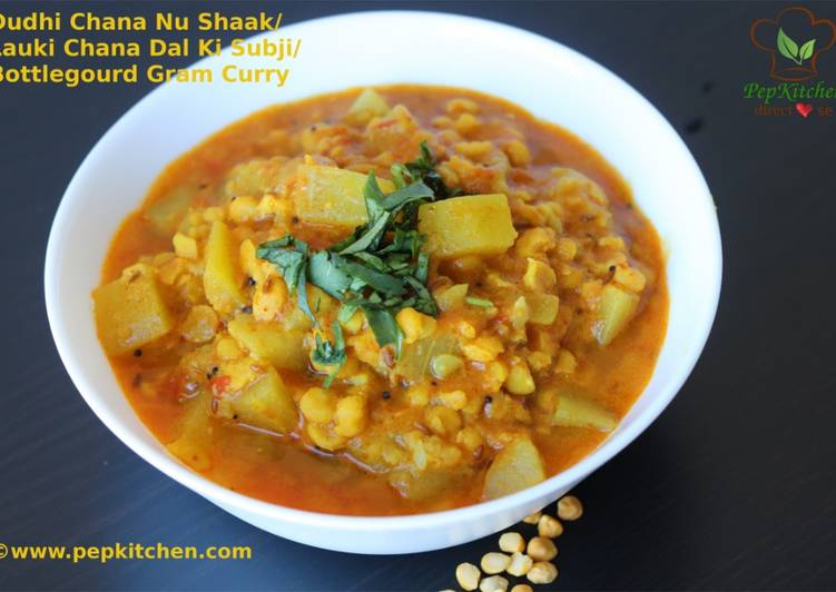 Dudhi Chana Nu Shaak/Lauki Chana Dal ki Subji/ Bottlegourd Gram Curry