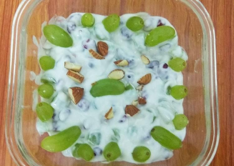 Recipe of Quick Grapes Yogurt