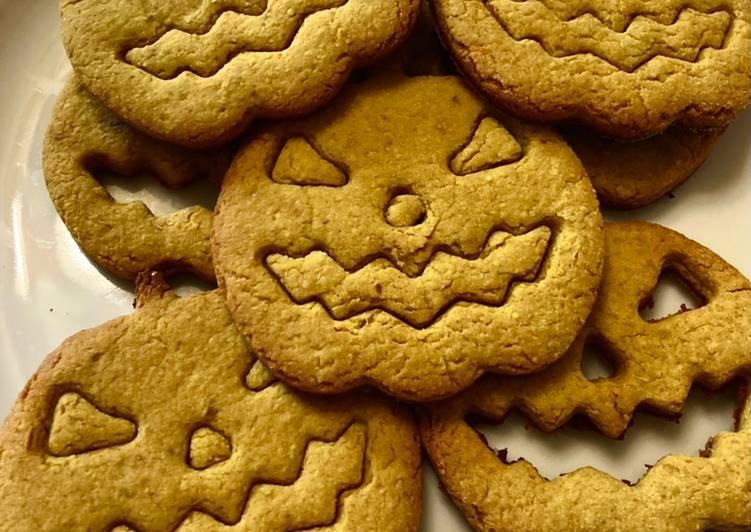 Biscotti Halloween agrumati ricotta mandorle amaretti curcuma