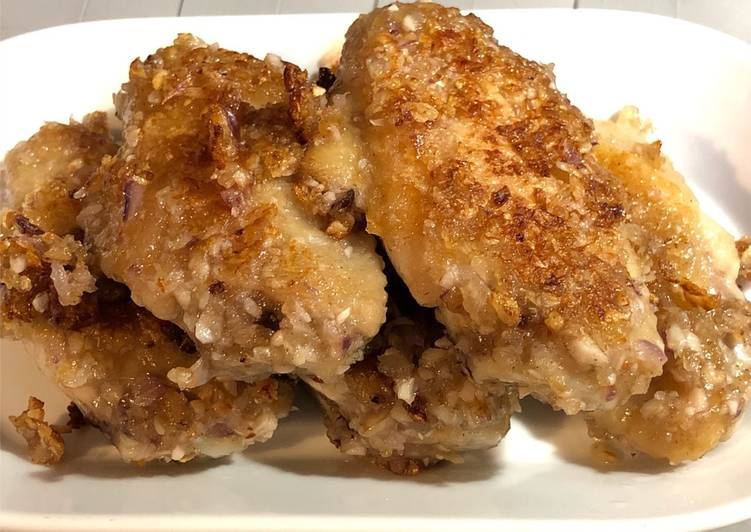 Easiest Way to Make Homemade Appetizing Pan fried Chicken wing with garlics favour 蒜香雞翼