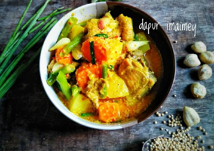 Resep Kare ayam + sayur Yang Populer Pasti Ngiler