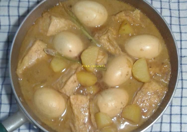 Semur KenTaTel (kentang tahu telur)😍