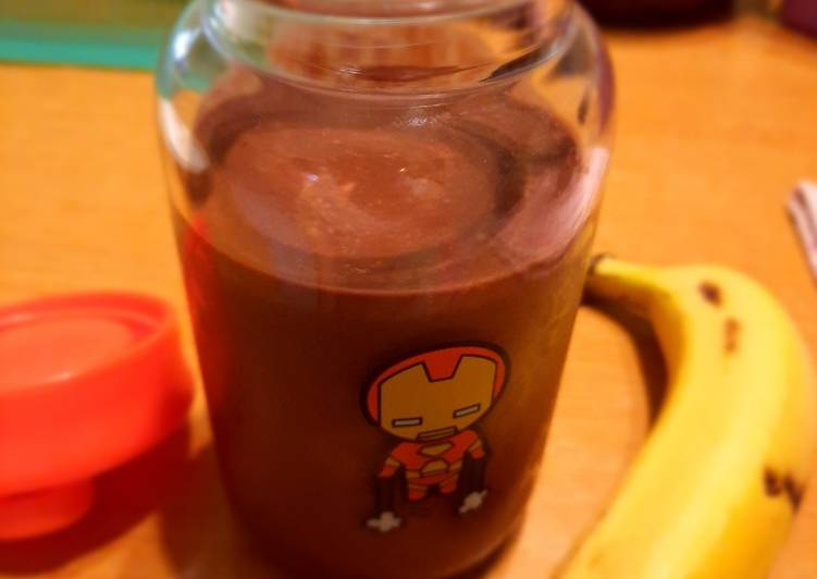 Chocolate Peanut Butter Banana Smoothies (without Dairy Milk)