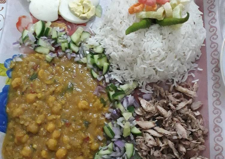How to Make Ultimate White chaney with rice egg & shredded chicken Platter