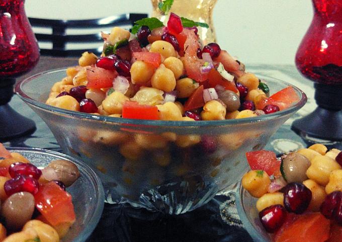 HealthyChana Peanuts Salad
