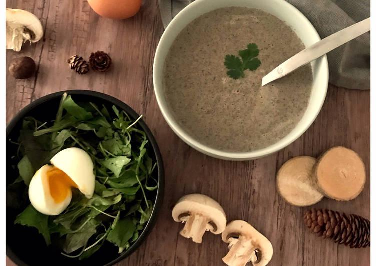 Velouté de champignons & son œuf mollet
