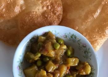 Easiest Way to Recipe Yummy Aloo Gobhi Peas masala for poori chapatinaan