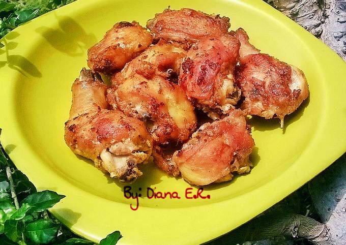 Resep Ayam Goreng Tanpa Di Ungkep Empuk Sedap Gurih Oleh Diana Endri Rosisca Cookpad