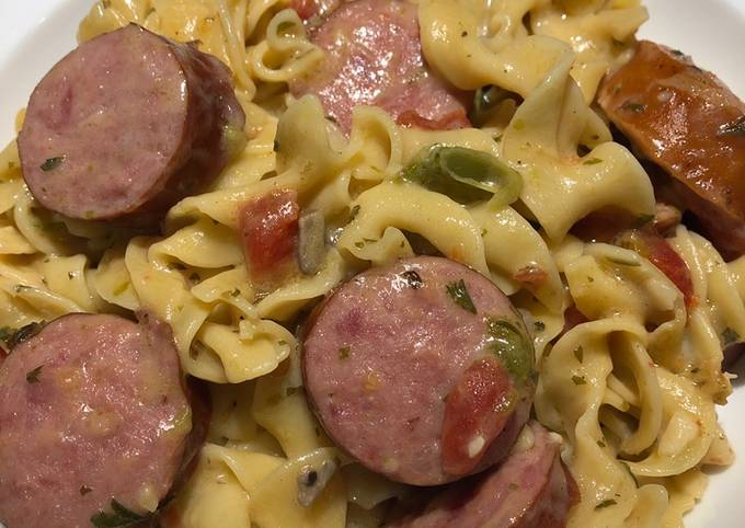 One Pot Smoked Sausage and Noodles
