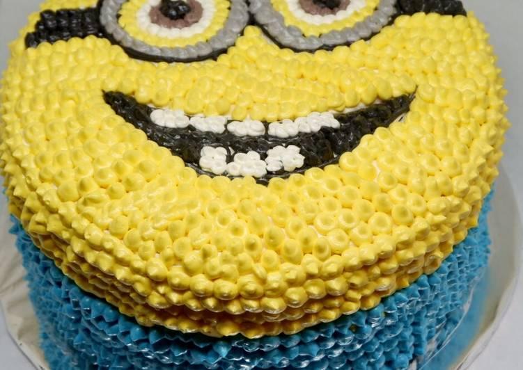 Resep Birthday Cake Thema Minion Oleh Dewi Audys Cookpad