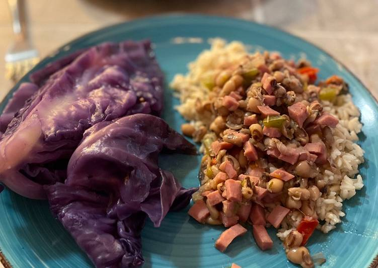 How to Prepare Perfect Black Eyed Peas with Cabbage