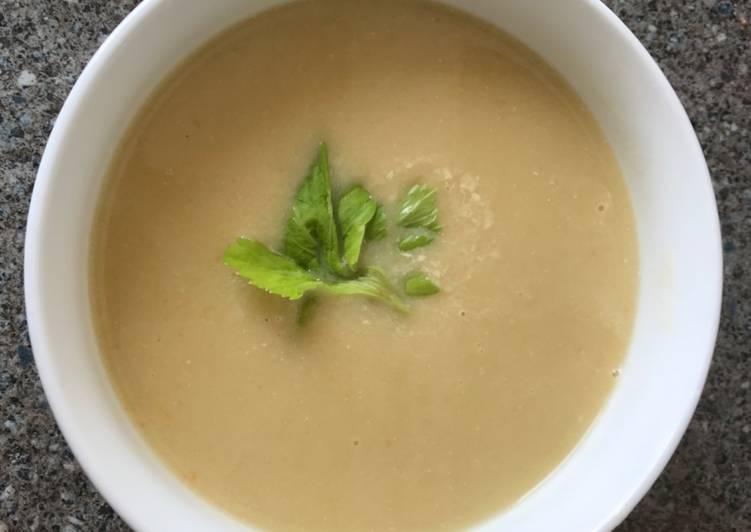 Hungarian Celery Soup
