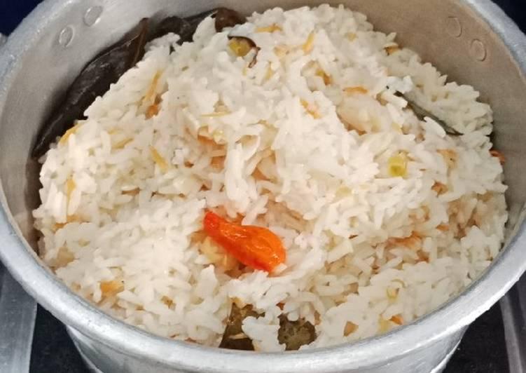 11. Nasi Liwet Ikan Teri